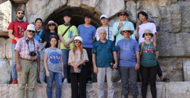 Antik baraja Güney Koreli öğrencilerden ilgi