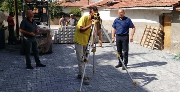 Kilit taşı çalışmaları son hız devam ediyor