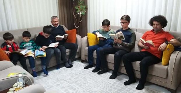 Şimdi kitap okuma zamanı
