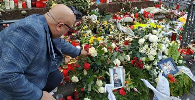 Almanya-Hanau'da acılar paylaşıldı