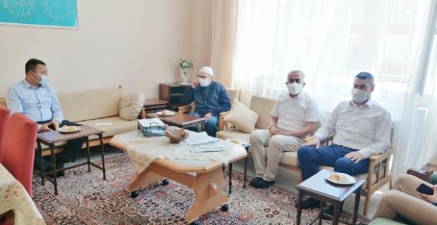 Kore Gazisi Cemal Coşkun'u ziyaret ettiler