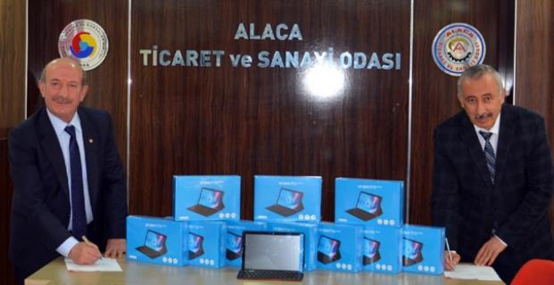 TOBB'dan Alaca'ya 62 adet tablet