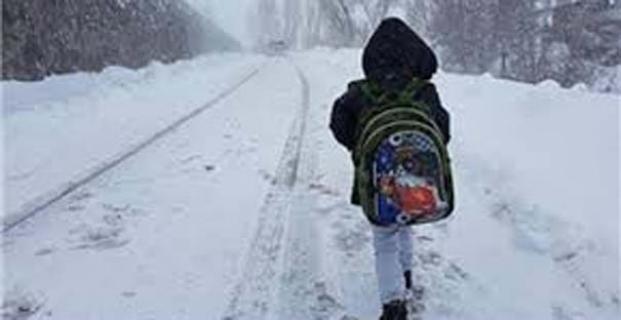 Alaca'da yüz yüze ve taşımalı eğitime 1 gün ara