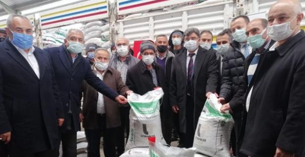 Alaca'da hibe destekli nohut tohumu dağıtıldı