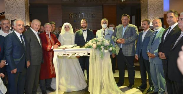 Zeki Gül oğlunu evlendirdi