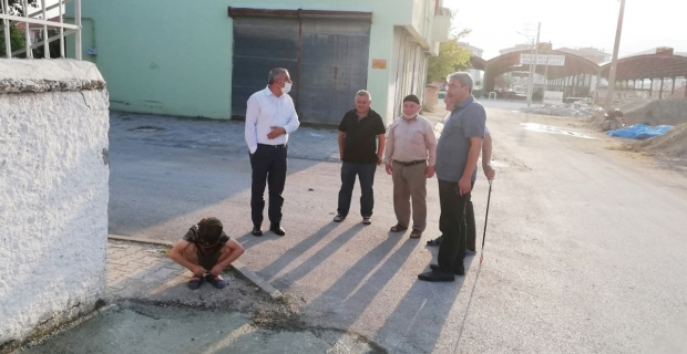 Başkan Şaltu, kaldırım çalışmalarını inceledi