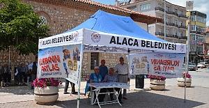 Alaca'da kurban bağış standı