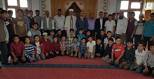 Kur'an Kursu öğrencileri ile bir araya geldi