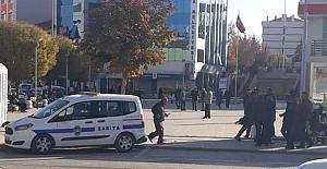 Esnaf Cumhuriyet Meydanına polis istiyor