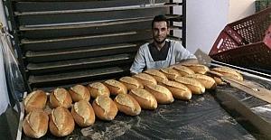 bÜcretsiz ekmek verecek/b