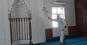 Camiler dezenfekte edildi
