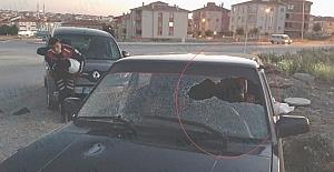 bÇorum#039;da 2 araca silahlı saldırı!/b