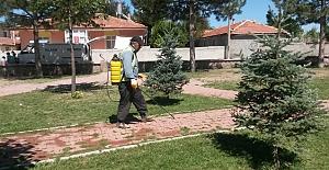 Parkların bakım ve temizliği devam ediyor