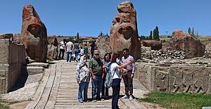Alacahöyük'e ziyaretçi akını