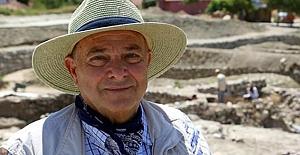 Prof. Dr. Çınaroğlu, aramızdan ayrılalı 1 yıl oldu