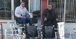 Suriye'ye tekerlekli sandalye gönderdiler