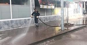 bCadde ve sokaklar yıkandı/b