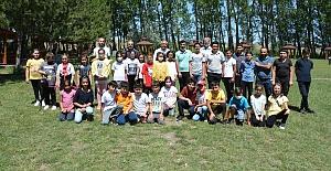 Öğrenciler Veli Çayırı'nda bir araya geldi