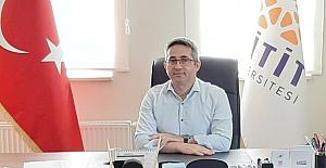 MYO Müdürü Karakaş Doçentlik unvanı aldı