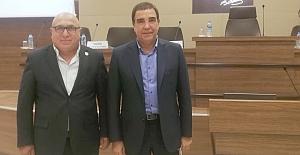 Devlet Bakanı Erdoğan Toprak ile bir araya geldi