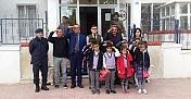 Öğrencilerden Mehmetçiğe Mektuplu destek